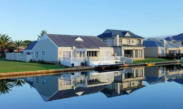 South Africa's Wealthiest 2% Households Own Almost 50% of the Wealth | TechFinancials